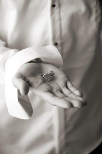 Preparativos novio. Fotos boda Blanco y Negro