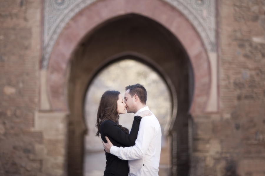 fotos de preboda en la Alhambra de Granada