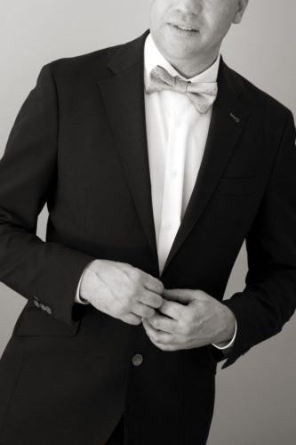 fotos de boda en blanco y negro de Adrián. Preparativos