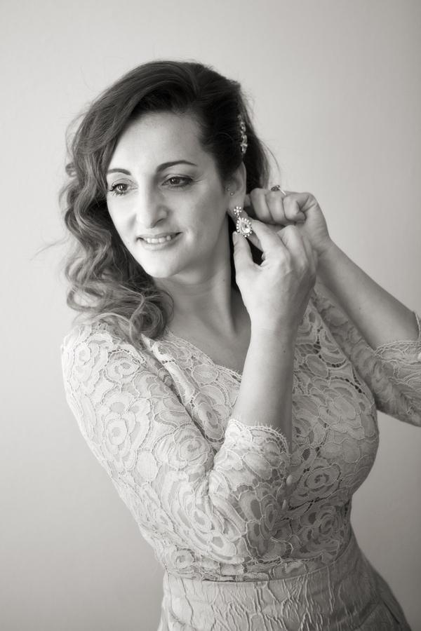 fotos de boda de sofía en blanco y negro. Preparativos