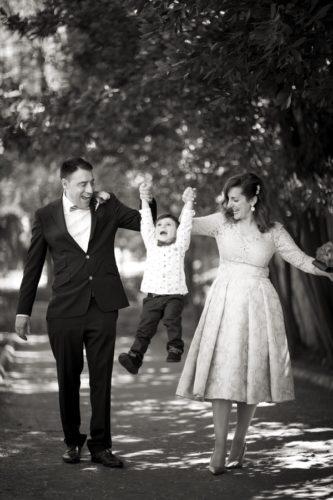 fotos de boda en blanco y negro. Reportaje de exterior. Adrián y Sofía