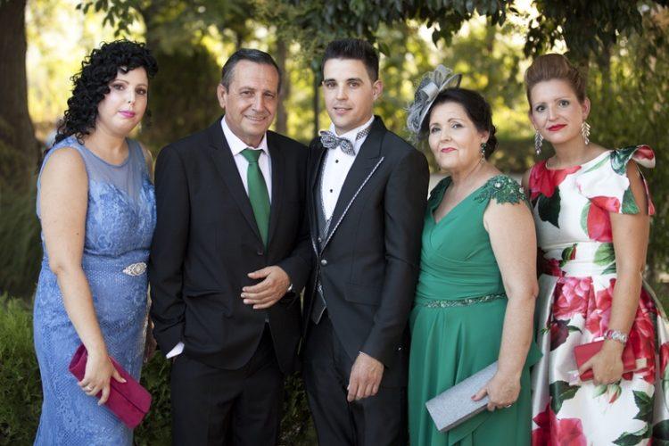 fotos de boda preparativos familia casa de novio