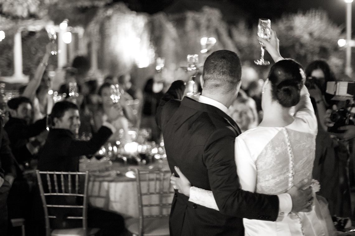 fotografia de bodas celebrazione. brindis