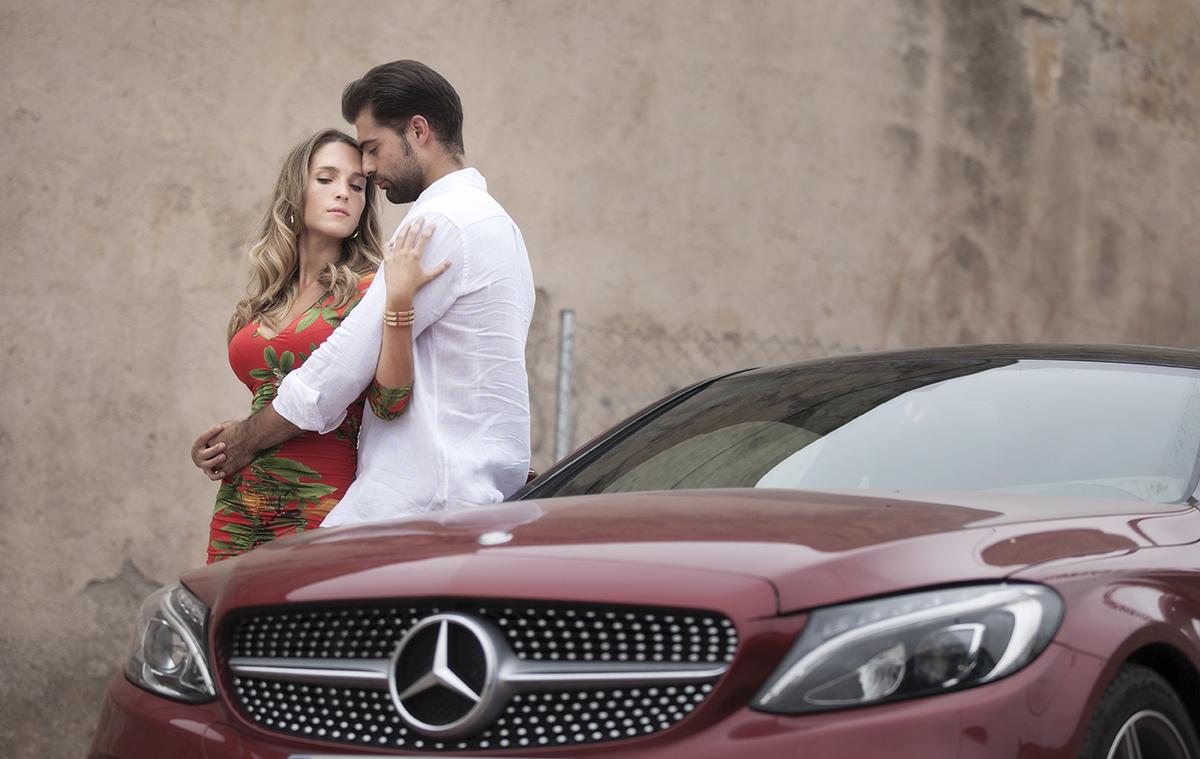 fotos de pareja en coche granada