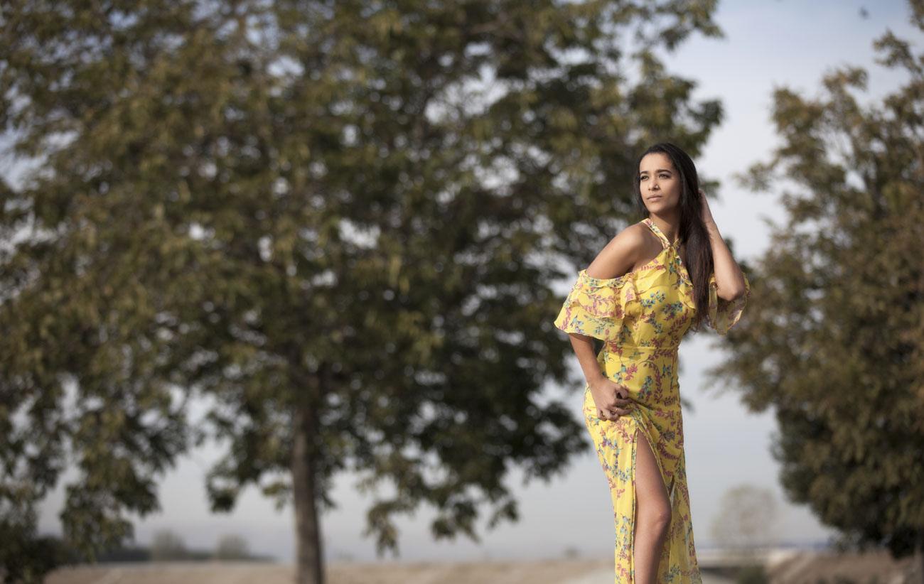 book de fotos en granada con sol a chica